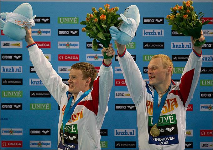 Илья Захаров и Евгений Кузнецов на вершине подиума чемпионата Европы
