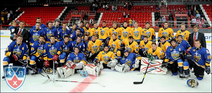 Участники матча юниоров в Донецке