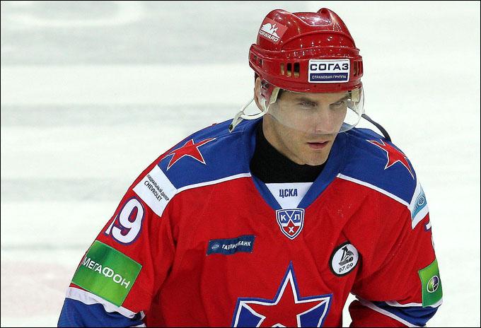 Алексей Яшин в составе ЦСКА