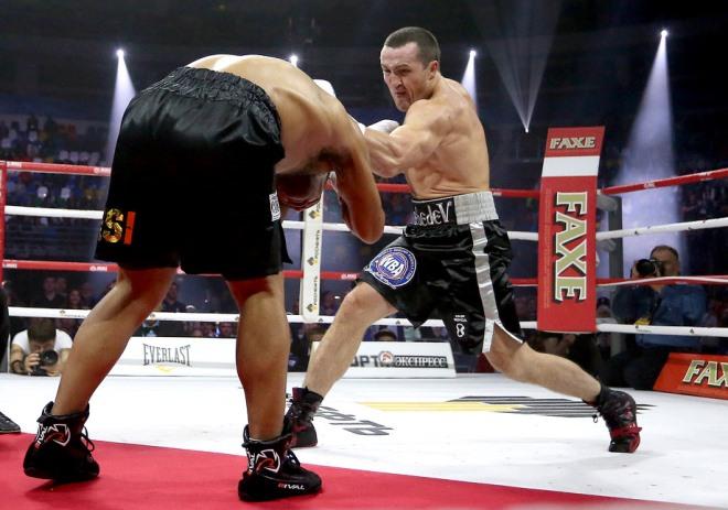 Лебедев наносит первое досрочное поражение в карьере Рамиресу