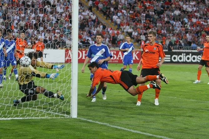 В жёсткой игре матч закончился вничью — 1:1