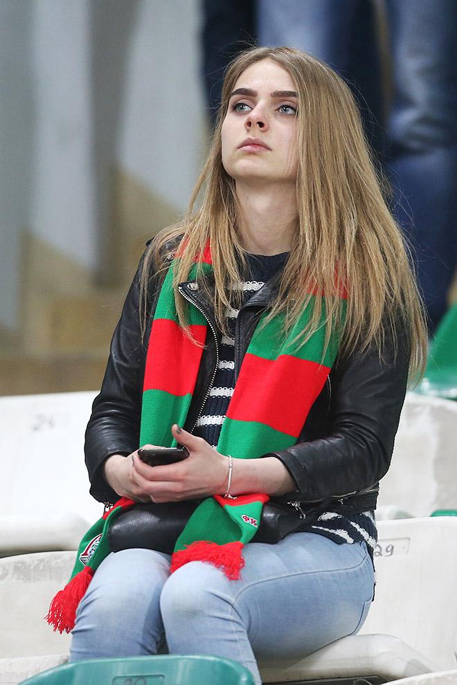 Болельщица «Локомотива»