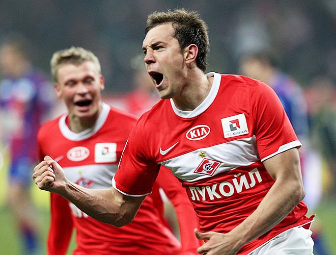 Артём Дзюба в матче против ЦСКА