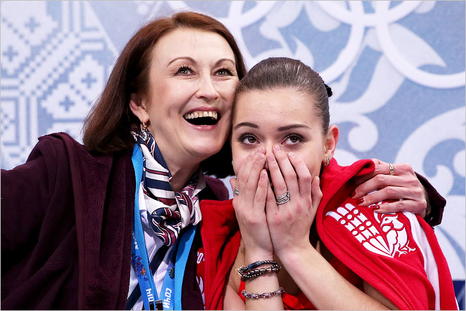 После короткой программы Сотникова занимает второе место