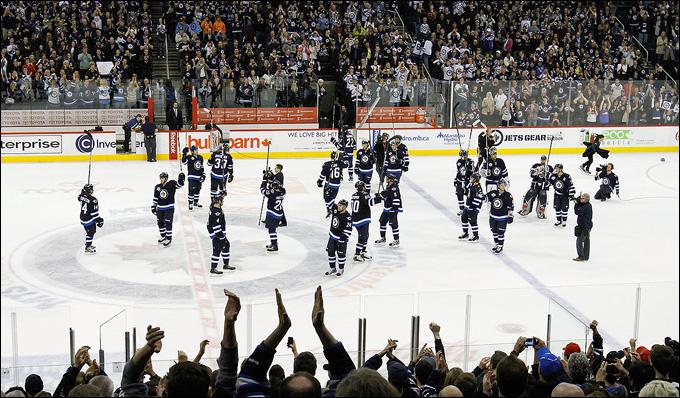 Самая маленькая арена в НХЛ больше самой большой в КХЛ