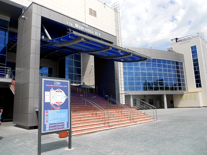 Каждый вход на арену назван именем знаменитого пензенского хоккеиста