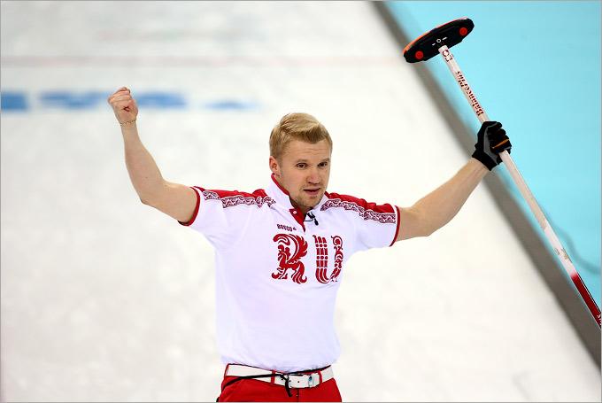 Российские кёрлингисты выиграли последний матч