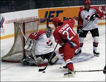 Равиль Гусманов против сборной Канады