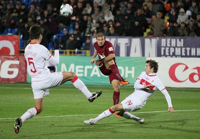 """В воскресенье """"Рубин"""" нанёс 11 ударов по воротам, тогда как его соперник — только три…"""