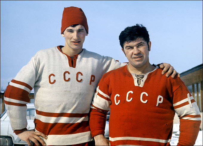 Виктор Коноваленко (справа) и Владислав Третьяк, 1971 год