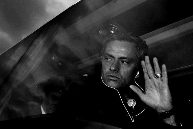 """И. Рабинер. """"Секреты футбольных маэстро"""". Моуринью. Фото 08."""