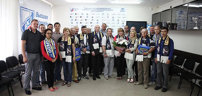Андрей Лазарев, Юрий Петухов и Сергей Могильников с журналистами