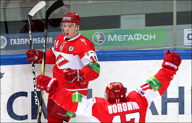 Алексею Яхину пришлось вступать в игру уже в самом начале второго периода