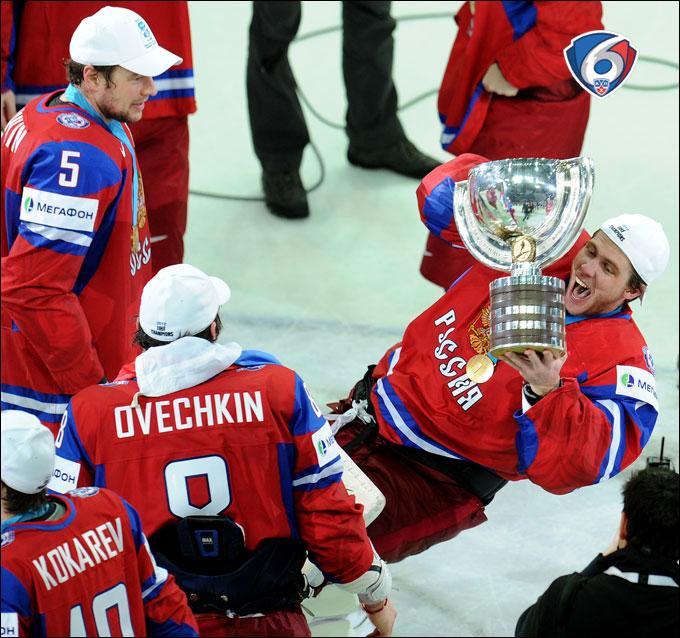 Желаем Семёну Варламову так же задорно уронить поднос с золотыми олимпийскими медалями!