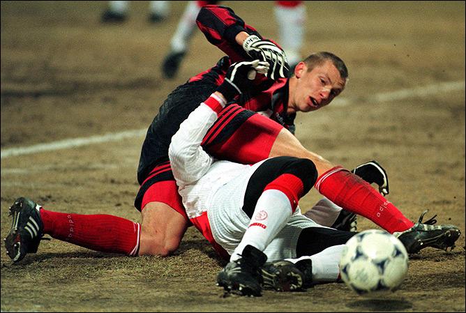 Весной 1998 года спартаковцы уверенно преодолели амстердамский барьер.