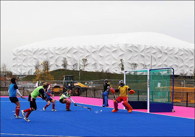 На красивый олимпийский лондонский ковёр нога российских хоккеистов уже точно не ступит