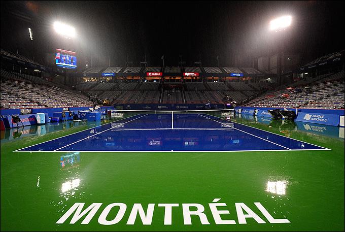 Дождь серьёзно сбил расписание обоих канадских турниров