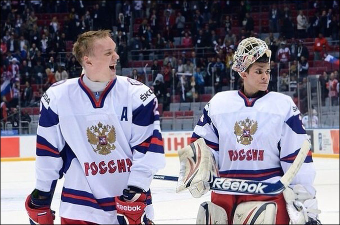 Рушан Рафиков (слева)