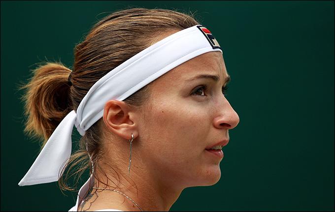 Ярослава Шведова не отдала Саре Эррани ни одного очка в первом сете.