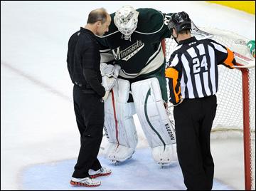 """7 мая 2013 года. Сент-Пол. Плей-офф НХЛ. 1/8 финала. Матч № 4. """"Миннесота"""" — """"Чикаго"""" — 0:3. Травма Джоша Хардинга"""