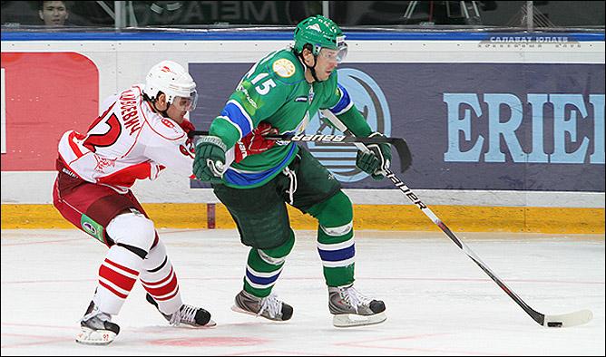 29.10.2010. КХЛ. Салават Юлаев - Спартак - 5:1. Фото 03.