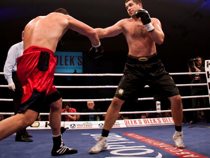 Терёшкин (15-0-1, 7 KO) vs Педюра (16-7-1, 12 KO)