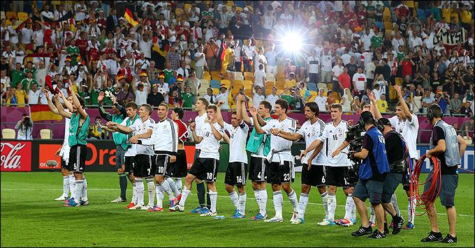 Радость сборной Германии