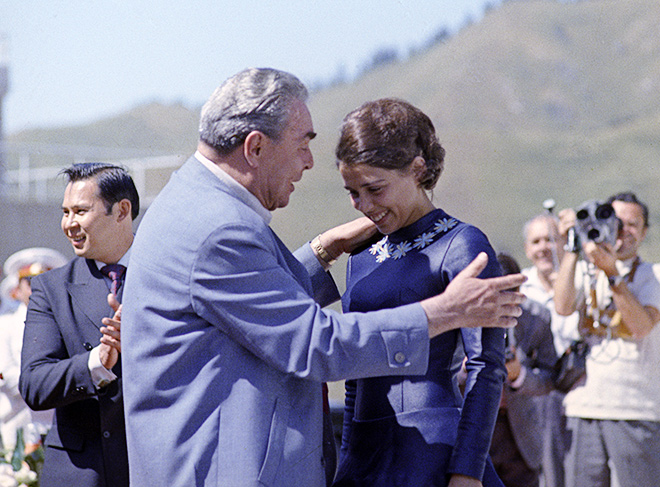 Леонид Брежнев и Ирина Роднина