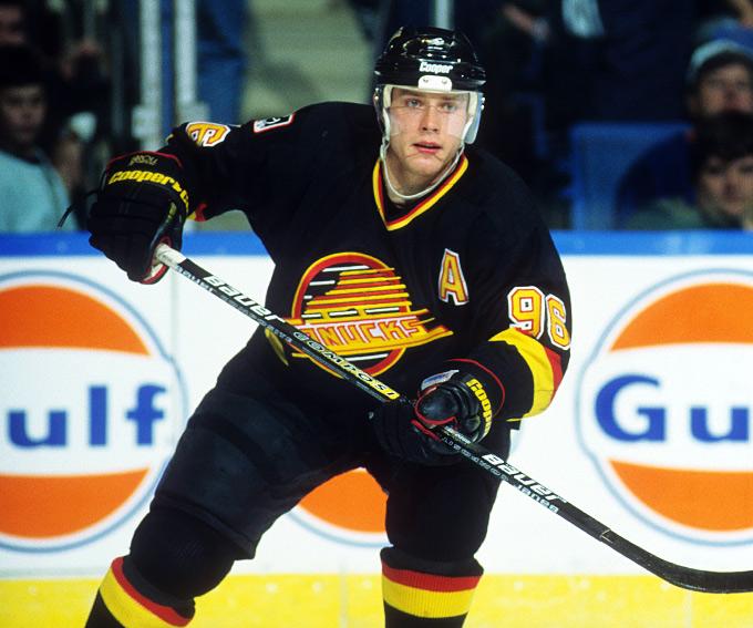 """Павел Буре выбран """"Ванкувером"""" на драфте НХЛ 1989 года под общим 113-м номером"""