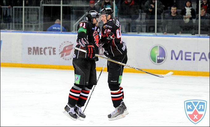 Сергей Калинин (справа) с Никитой Пивцакиным