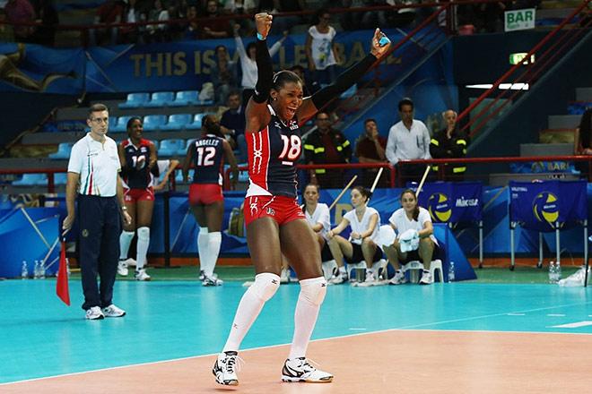 Лидер и капитан сборной Доминиканы — Бетания де ла Крус
