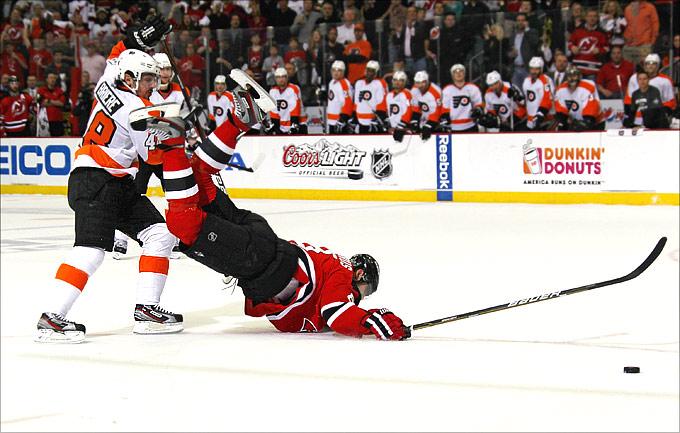 """7 мая 2012 года. Ньюарк. Плей-офф НХЛ. 1/4 финала. """"Нью-Джерси Девилз"""" — """"Филадельфия Флайерз"""" — 4:2"""