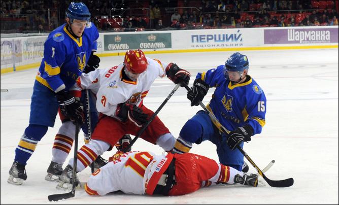 15 декабря 2011 года. Чемпионат мира (U-20). Дивизион II. Украина – Испания – 4:0.
