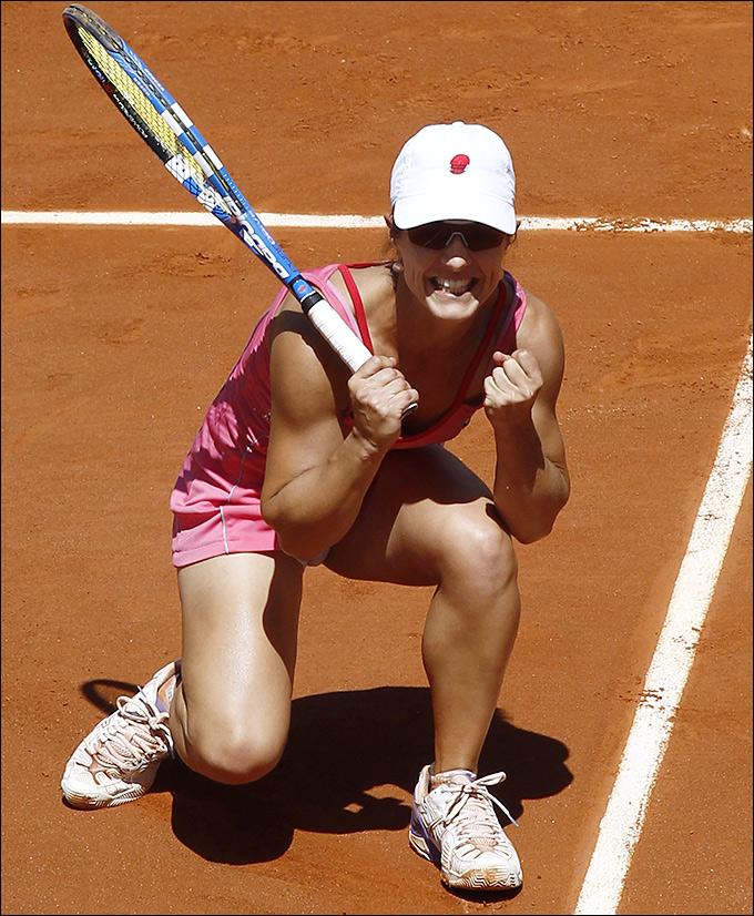 Нурию Льягостеру-Вивес отстранили от тенниса на два года