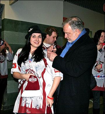 Пекка Раутакаллио и болельщики