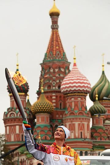 … А начал свой путь на Красной площади
