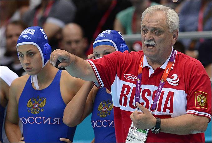 Александр Кабанов и его подопечные свой главный матч на турнире проиграли в четвертьфинале
