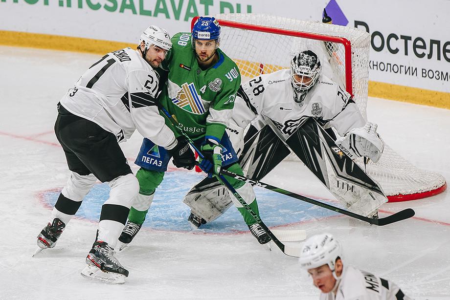 Почему «Салават Юлаев» не может договориться с Владимиром Жарковым