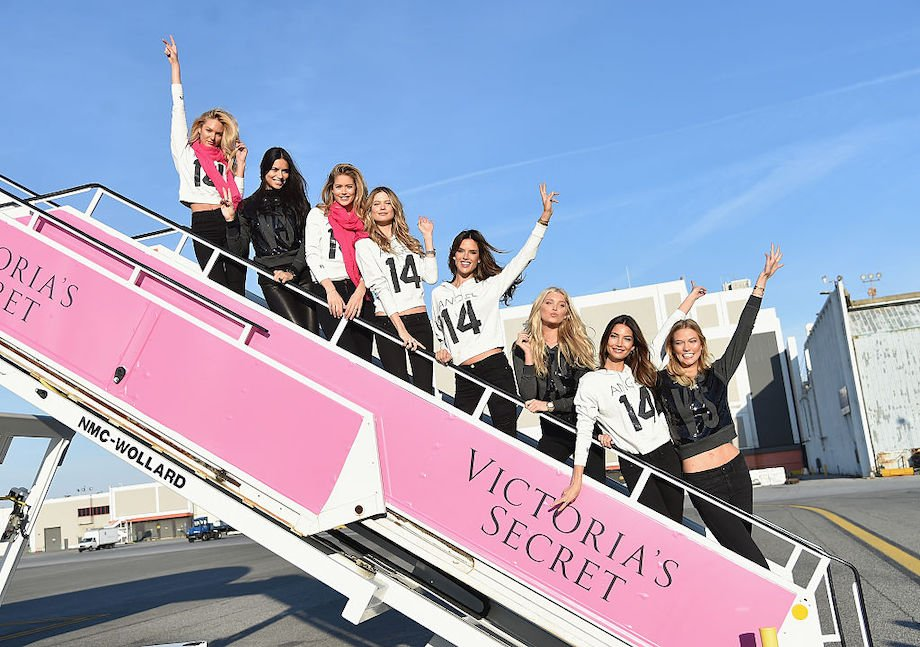 Как тренируются модели Victoria's Secret: комплекс упражнений для идеальной фигуры