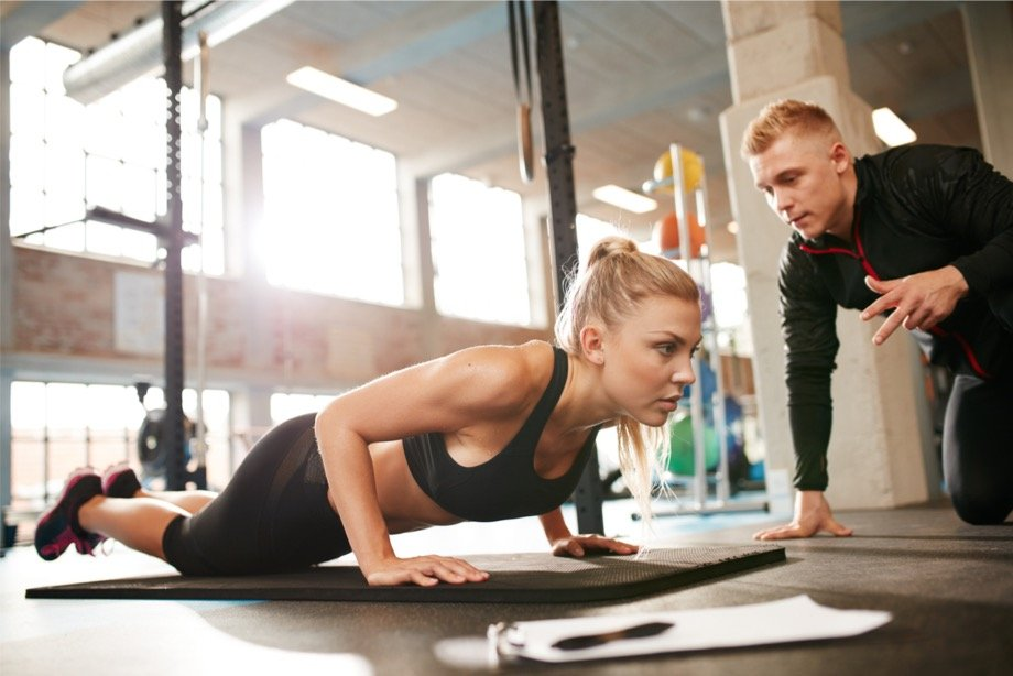 Как выбрать фитнес-тренера: насколько важен внешний вид фитнес-тренера для клиента