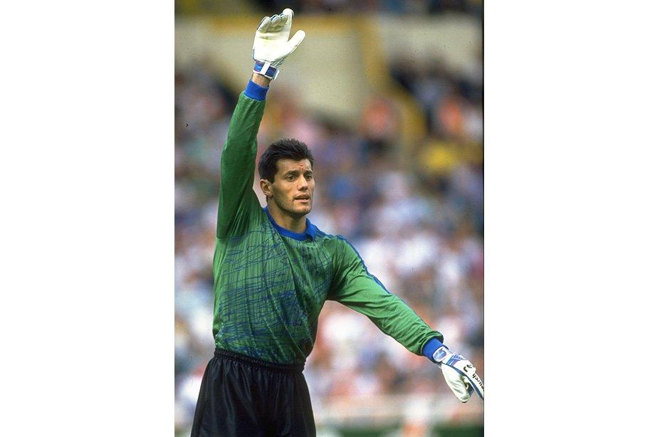 Запасной вратарь стал героем ЧМ-1990. Как сложилась судьба аргентинца Гойкоэчеа