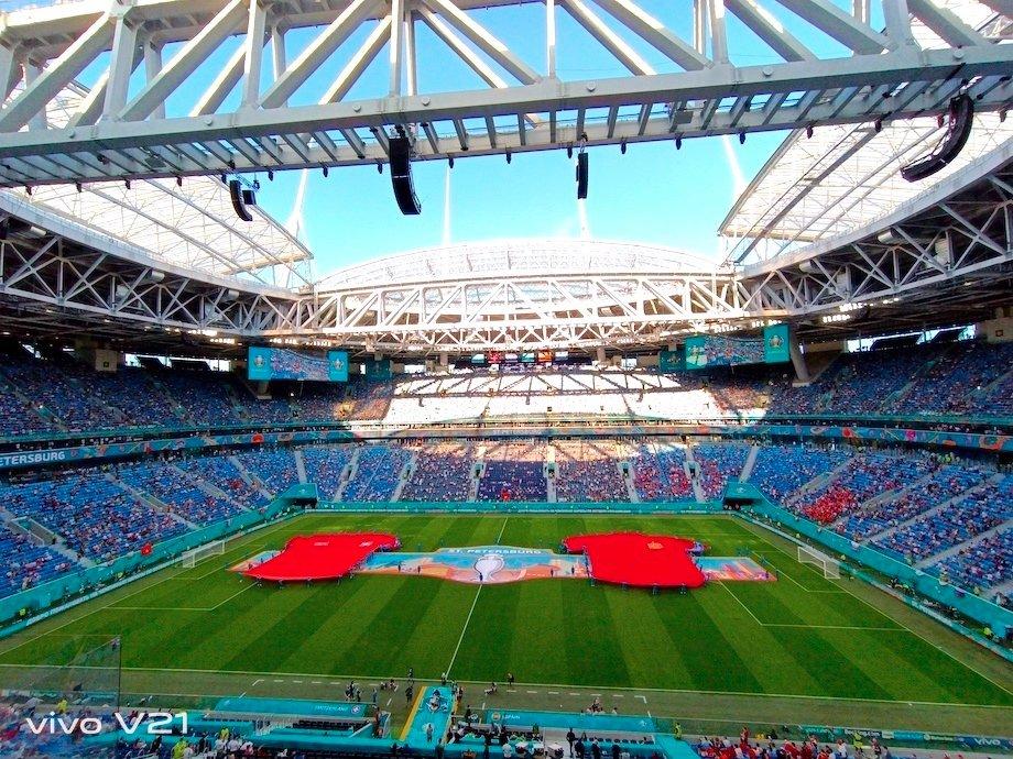 Испании свистели, будто играл «Спартак». Как Петербург прощался с Евро