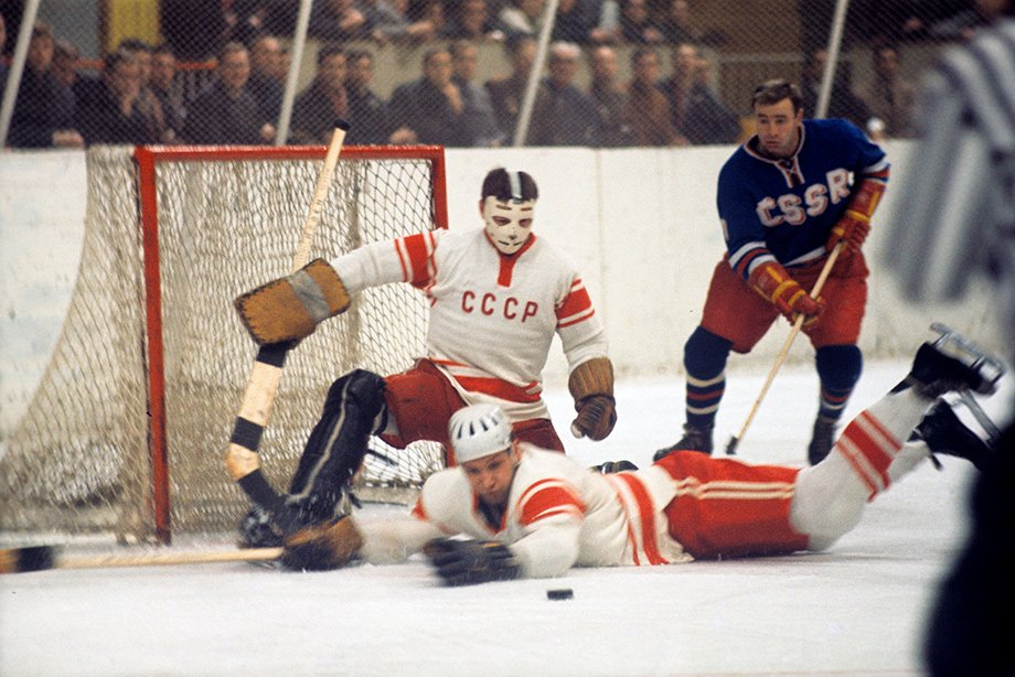 История хоккейных чемпионатов мира: Рагулин и его рекорд – 10 золотых медалей