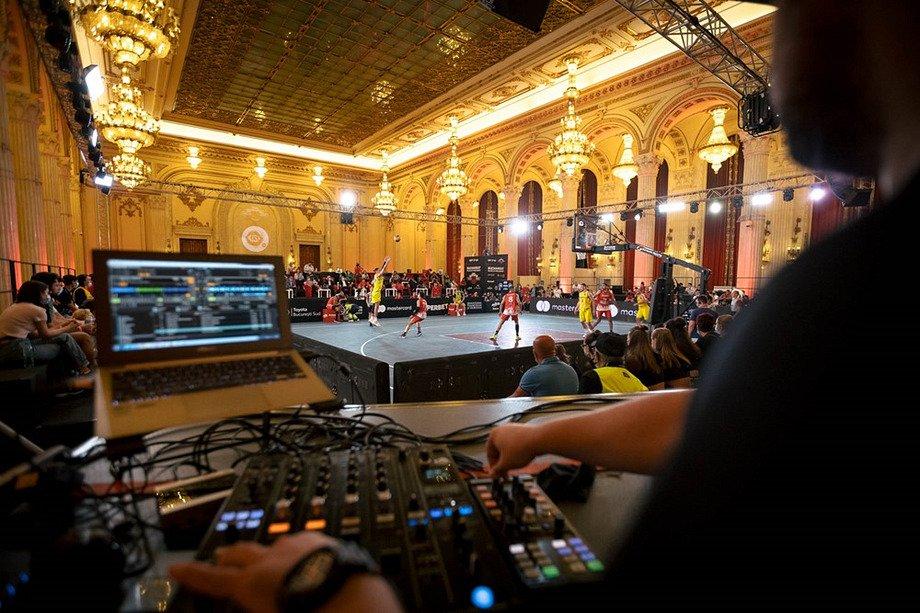 «Это потрясающе!» Финал Лиги наций провели в одном из самых роскошных дворцов мира