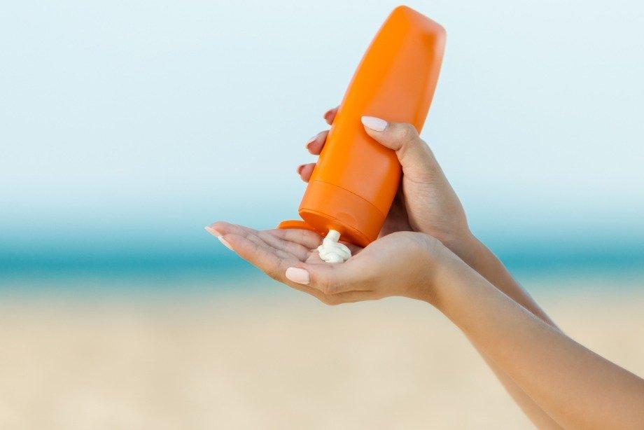 Обязательно ли пользоваться солнцезащитным кремом, как ухаживать за кожей летом?