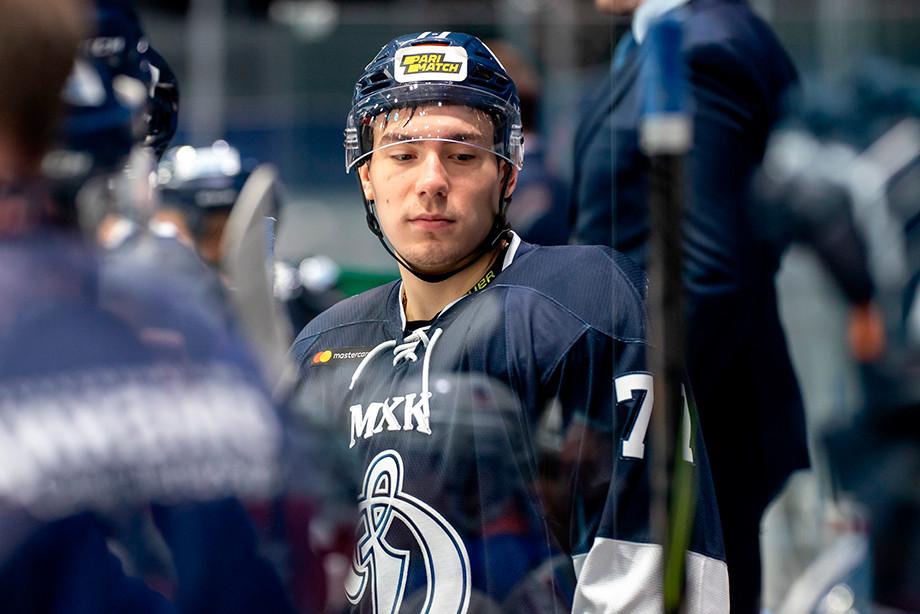 Хоккеист клуба МХЛ «Динамо» СПб Тимур Файзутдинов угодил в реанимацию после попадания шайбы