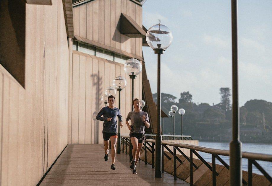 Как улучшить показатели в спорте и фитнесе, что влияет на результаты и как их быстро повысить