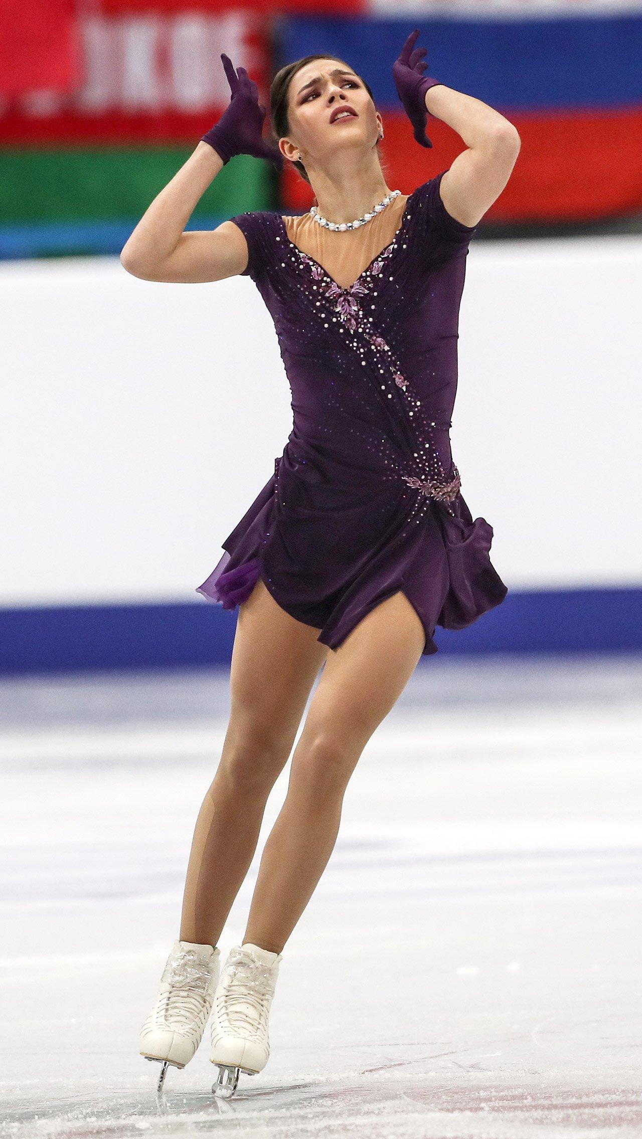 Менее сезона в «Ангелах Плющенко» продержалась Станислава Константинова. Участница чемпионатов мира и Европы не смогла реанимировать карьеру.