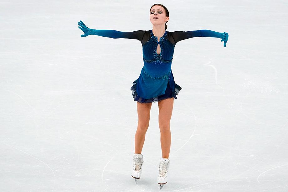 История чемпионки мира по фигурному катанию — 2021 Анны Щербаковой: тяжёлая травма, поддержка Тутберидзе, преодоление