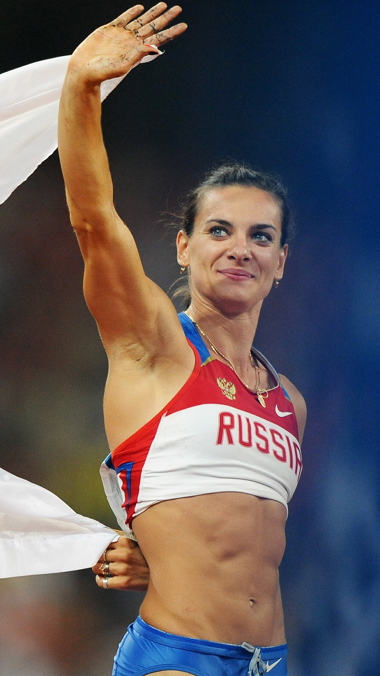 Елена Исинбаева – одна из самых известных российских легкоатлеток. За годы своей карьеры она выиграла две Олимпиады и установила множество мировых рекордов.